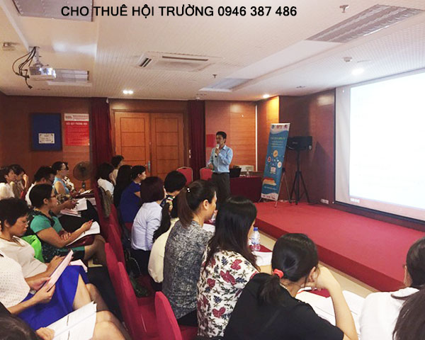 cho-thue-hoi-truong-tai-ha-noi-2