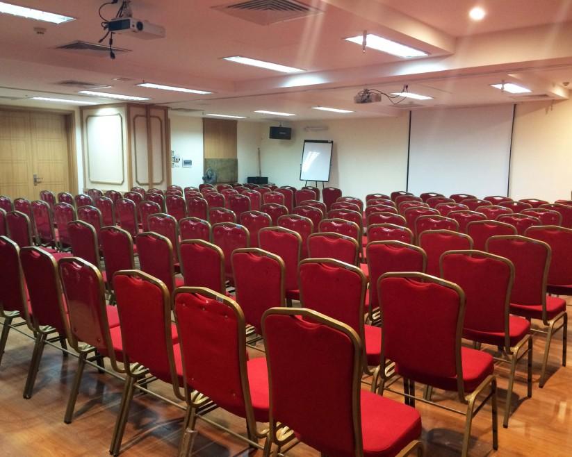 Hội trường tổ chức hội thảo cho 200 người
