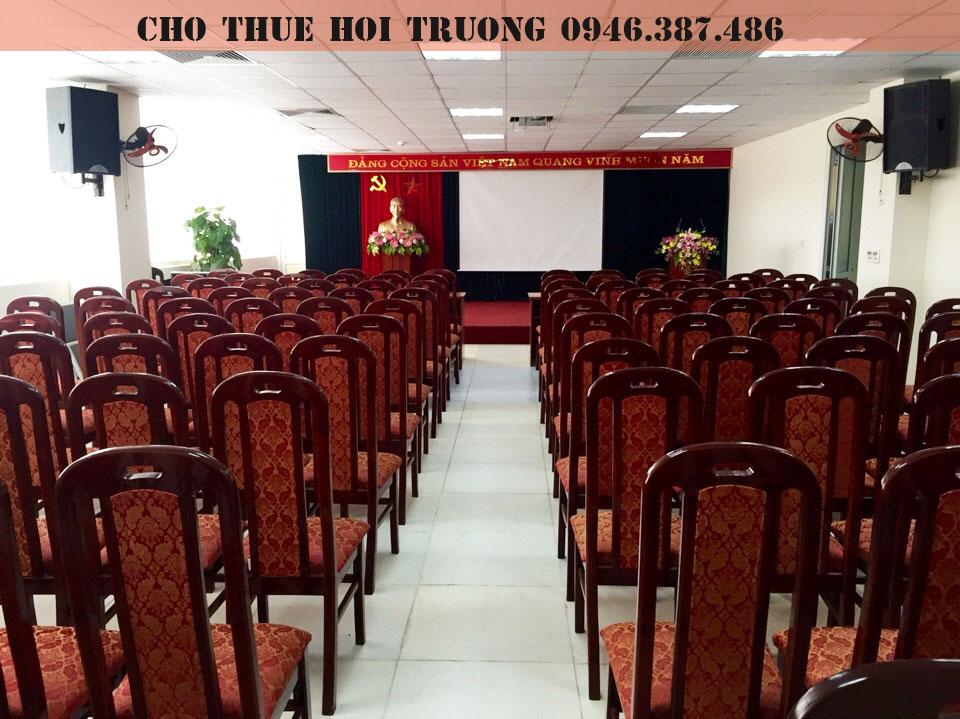 cho-thue-hoi-truong-tai-cau-giay-3