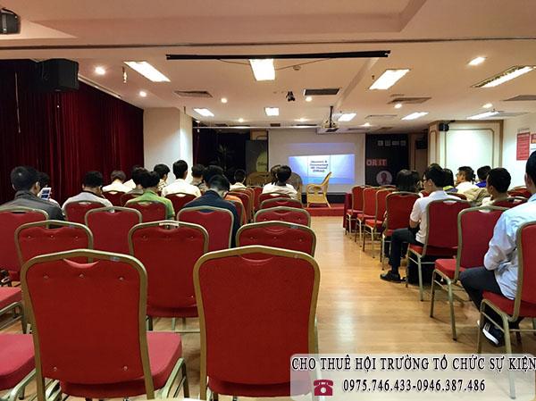Cho thuê hội trường tổ chức sự kiện talkshow
