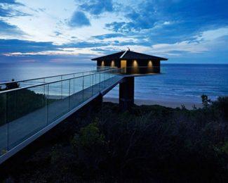 Ngôi nhà nghỉ dưỡng lơ lửng trên mặt biển ở Úc