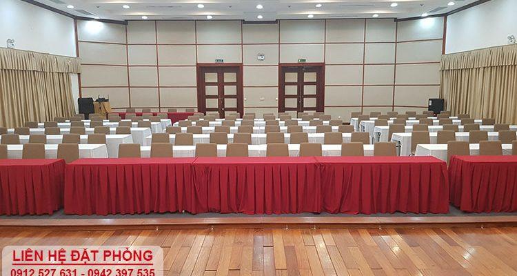 Cho thuê hội trường lớn đến 300 chỗ tại Nguyễn Trãi