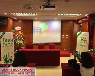 Lễ ra mắt sản phẩm mới của thương hiệu mỹ phẩm Hương Đất tại hội trường VITD