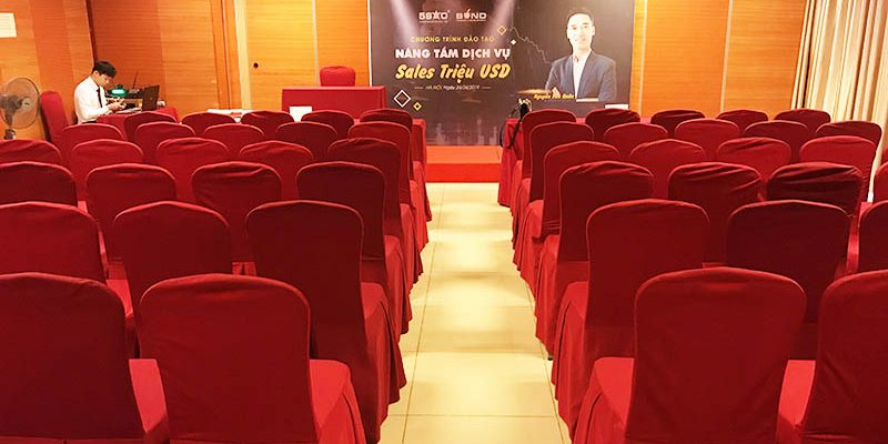 Chương trình đào tạo nâng tầm dịch vụ sales triệu USD tại hội trường VITD
