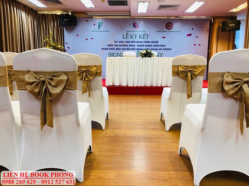 Hội trường ký kết, họp tác tại Hà Nội